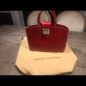 Louis Vuitton Carmine Epi Leather Mirabeau PM
